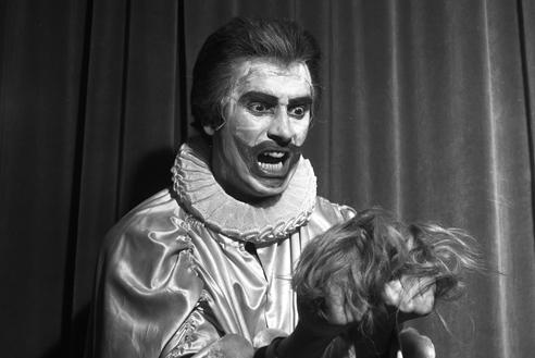 Franco Corelli nei Pagliacci – Scala, gennaio 1957 (Archivio Teatro alla Scala)