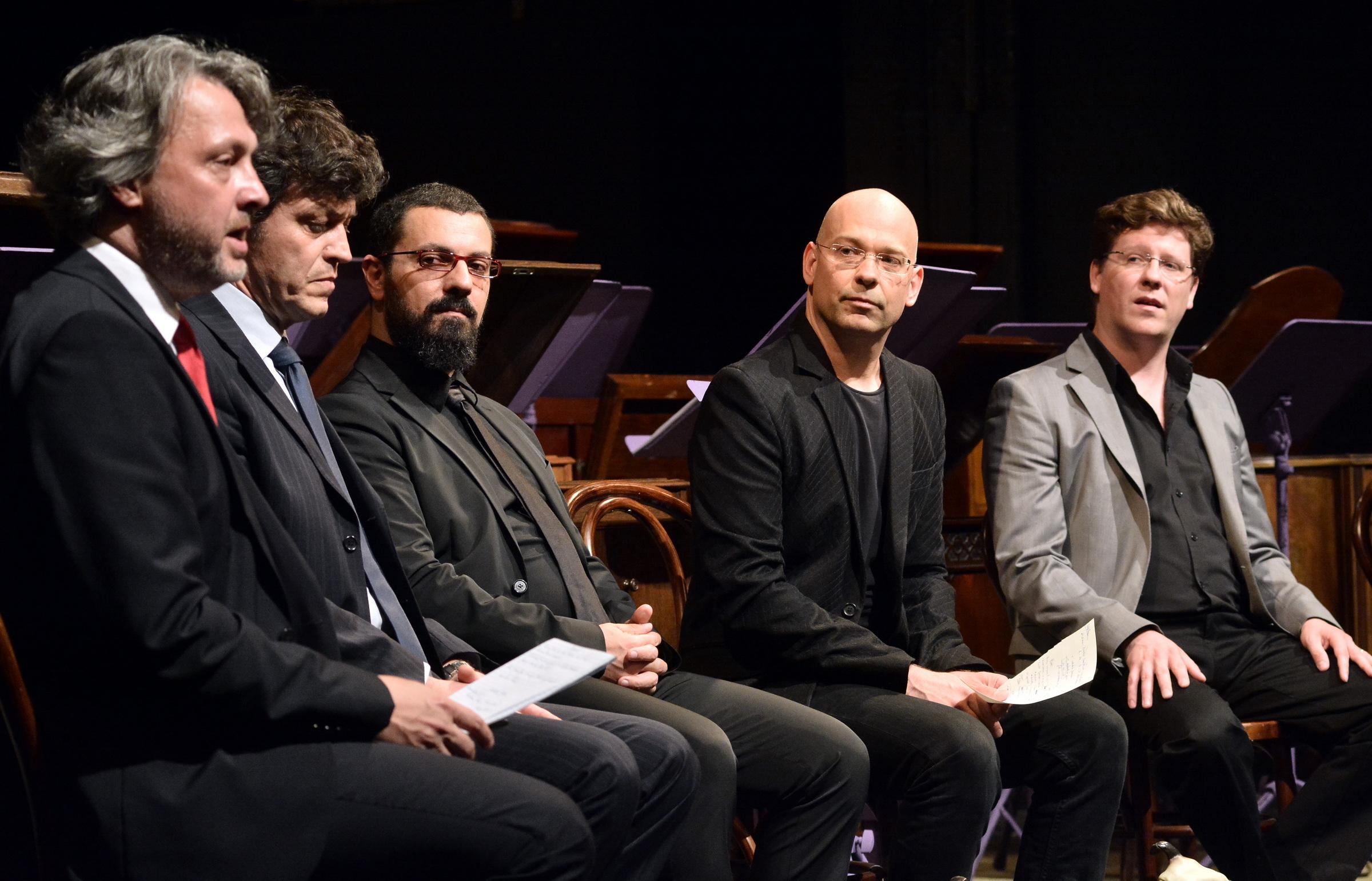 Girolamo Deraco (al centro) presenta Phonè, in prima assoluta al BartokPlusz di Miskolc