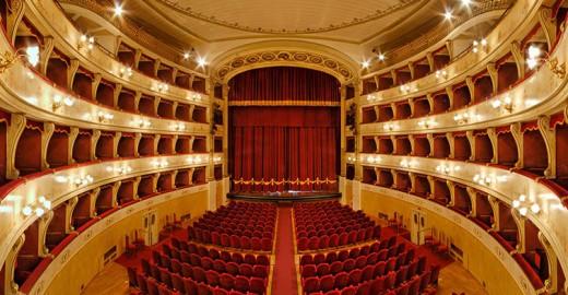 Pistoia, Teatro Manzoni (foto da TeatridiPistoia.it)