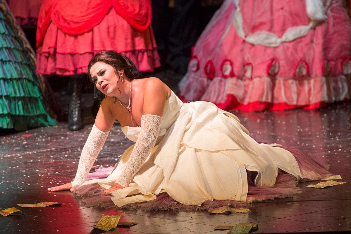 Maria Teresa Leva nel ruolo di Violetta